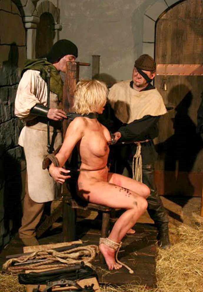 Erotic execution by spanish garrote