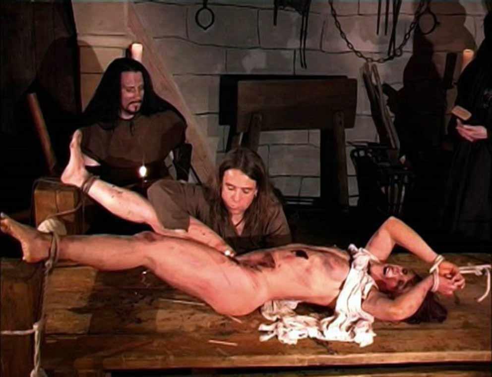 порно ролики пытки пупка фото