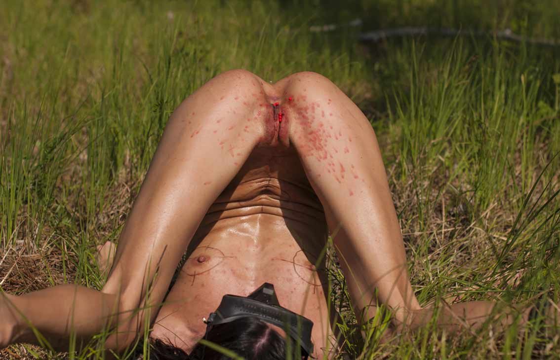 sexy naked paintball pics
