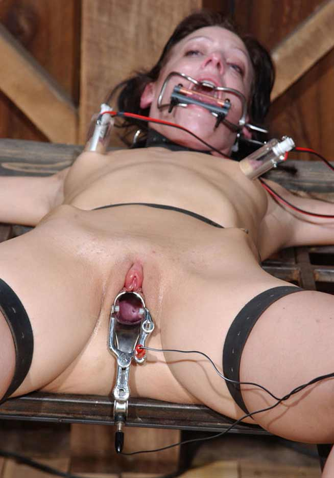 Females tortured with hot wax erotic